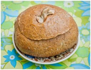Wielkanocny zurek w chlebku